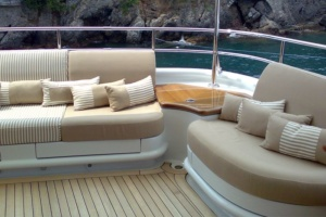 yacht exterior, yacht livorno, yacht exterior upholstery