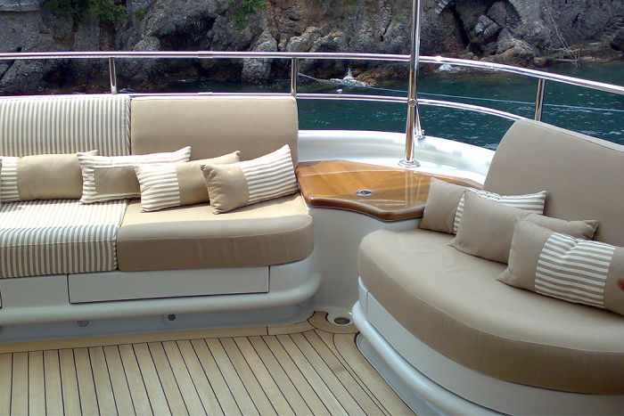 yacht exterior, yacht livorno, yacht exterior upholstery
