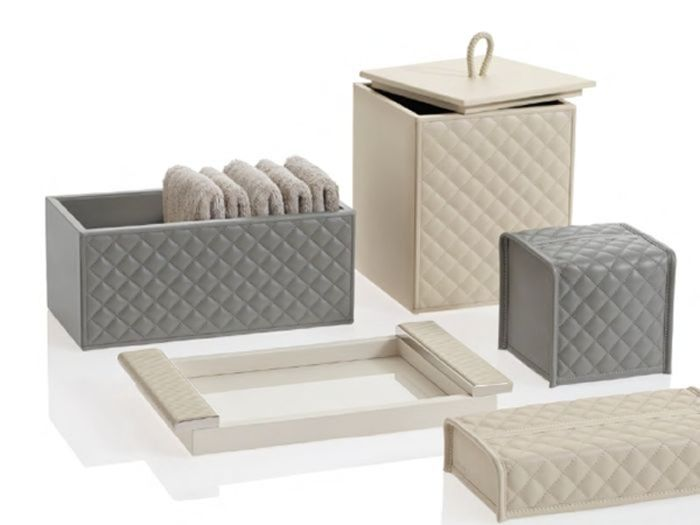 Yacht Tissue Holders